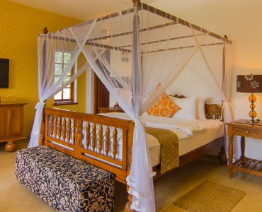 Citronella Colonial Suite - Elephant Stables - Sri Lanka In Style