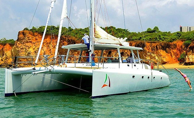 Sailing and snorkeling on a catamaran – Passikudah and Trincomalee - Experience - Sri Lanka In Style