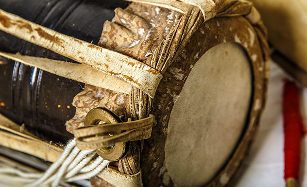 Traditional Sri Lankan Drums - Experience - Sri Lanka In Style