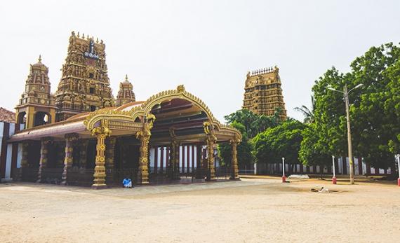 Nallur with Tradition - Jaffna -  Sri Lanka In Style