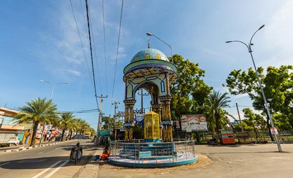 City Walk in Kattankudy - Batticaloa -  Sri Lanka In Style