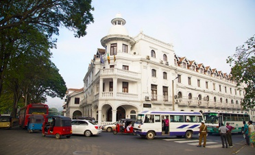 A guided walk around Kandy with a local expert - Ashburnham Estate - Sri Lanka In Style
