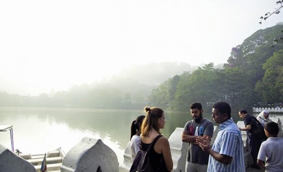Kandy City and Temple Walk - Kandy -  Sri Lanka In Style