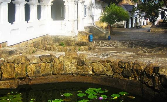 A visit to UNESCO Dambulla Cave Temple - Dambulla -  Sri Lanka In Style