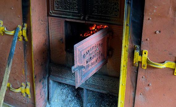 A visit to the Kadugannawa tea factory - Kandy -  Sri Lanka In Style
