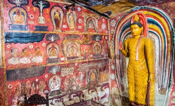 A Visit to Degaldoruwa Temple - Kandy -  Sri Lanka In Style